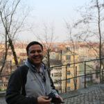Etudiant qui visite le Vieux Lyon